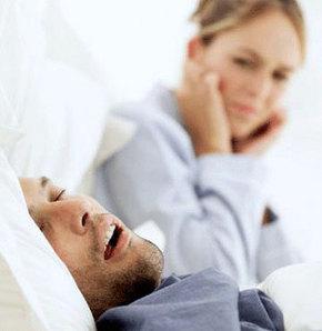 Yorgunluk horlamayı artırıyor