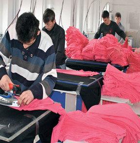 Türkiye'de 350 bin kaçak işçi çalışıyor