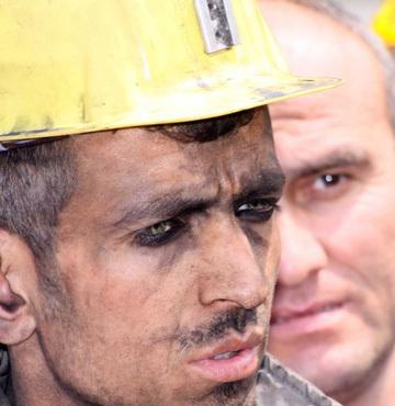 Madenciler 1 saat iş bıraktı