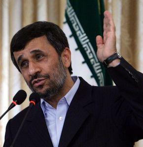 Ahmedinejad: Gazze'ye saldıracaklar