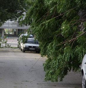 Kırşehir'de fırtına koptu