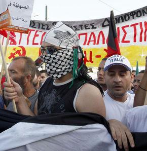 Atina'da ''Ellerinizi Gazze'den çekin'' eylemi