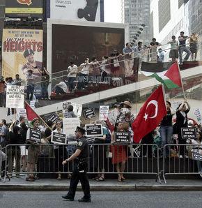 Times Meydanı'nda İsrail protestosu