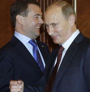 Medvedev, Putin'in kontrolünden çıktı