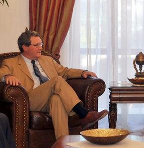Downer: Kıbrıslı Türkler ve Türkiye çözüm istiyor