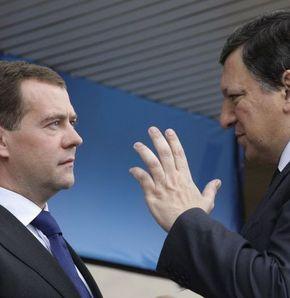AB ve Rusya'dan İsrail'e ortak çağrı