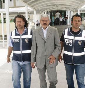 Mehmet Cengiz'in evi ve arabası arandı