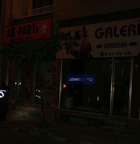 AK Parti bürosuna ses bombası atıldı
