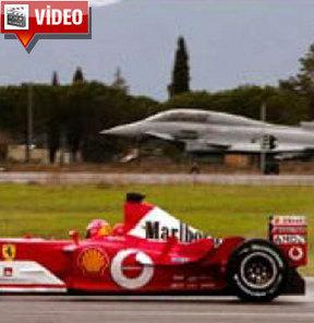Ferrari ile savaş uçağı kapıştı