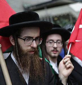 Yahudiler İsrail'i protesto etti