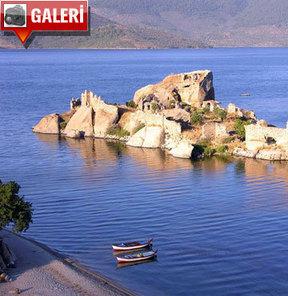 Efsanelere konu olan bir mekanda tatil: Bafa Gölü