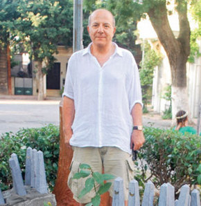 'Heykeltıraşlarımız Atatürk simgesini iyi kullanamadı'