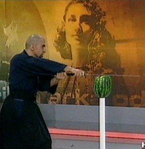 Murat Bardakçı ve Pelin Batu karşı karşıya!