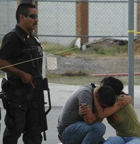Meksika'da yine asker-çete çatışması