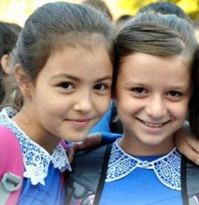Yeni öğretim yılı 133 bin öğretmen açığıyla başladı