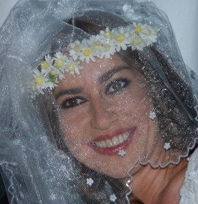 İpek Tuzcuoğlu evlendi