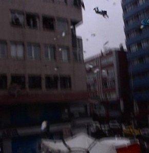 10. kattan atladı, itfaiye brandasından sekti, yere düşüp öldü! (VİDEO)