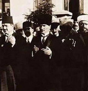 Din dersine Atatürk de giriyor