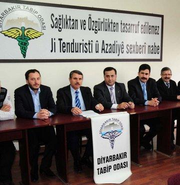 Diyarbakır Tabipler Odası da iki dilli uygulamaya geçti