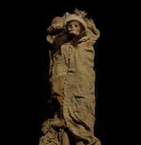 Çin'i korkutan 3 bin 800 yaşındaki güzel!