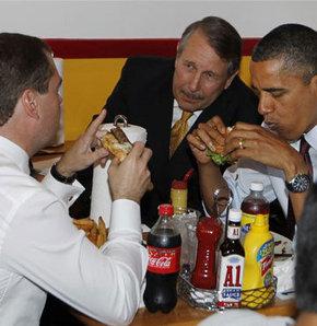 Hamburger diplomasisine kalkan darbesi!