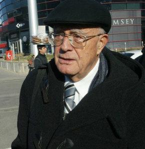 Turgut Kazan, İnsanlık Anıtı için dava açtı!