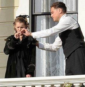 DiCaprio'dan sigara içme dersleri