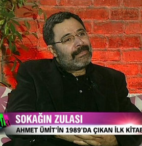 Ahmet Ümit ilk şiir kitabıyla Skala'da