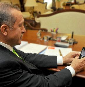 Başbakan'ın cep telefonunu hangi danışmanı taşıyor?