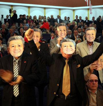 CHP adaylarını tanıttı!