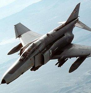 F-4 Savaş ucağı düştü!