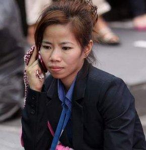 cep telefonu kanser yapabilir, cepteki kanser riski, Dünya Sağlık Örgütü'nden cep telefonu uyarısı