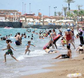 Derece 39 oldu herkes sahile koştu