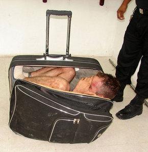 Hapisten bavulla koca kaçırma