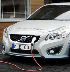 Volvo, elektriklide iddialı!
