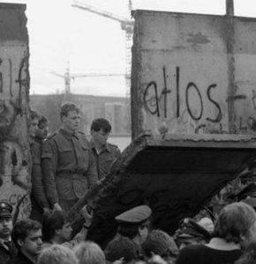 Utanç duvarının kurbanları anıldı