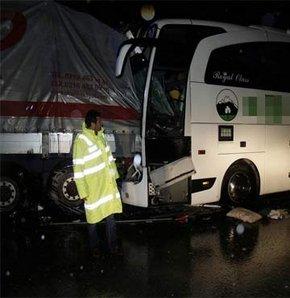 Erzincan'da kaza: 22 yaralı!