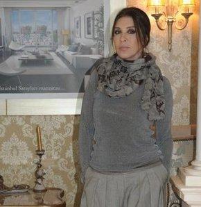Yeni evinin mobilyaları Milano'dan
