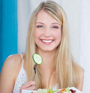 Yemek yerken bu hataları yapmayın!