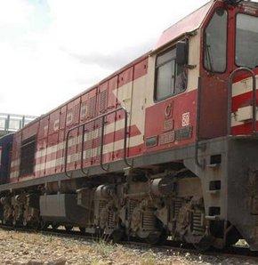 Yük trenine mayınlı saldırı
