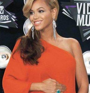 Hamile Beyonce twit rekoru kırdı GALERİ
