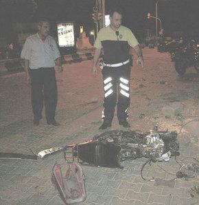 Kilis'te trafik kazası: 2 ölü, 1 yaralı