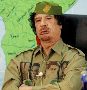 Kaddafi meydan okudu: Petrolü alamazsınız