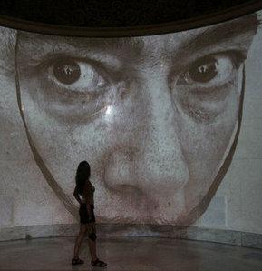 Dali'nin tabloları Rusya'da