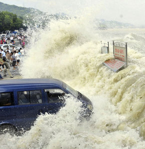 Tayfun, nehri taşırdı! GALERİ