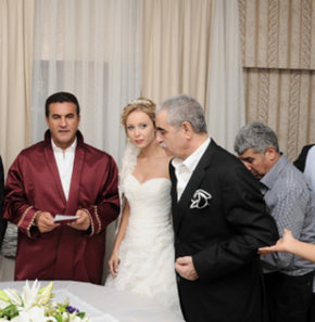 İbrahim Tatlıses evlendi!