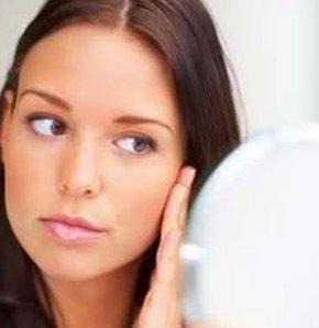 Kadınlarda aşırı tüylenme neden olur?