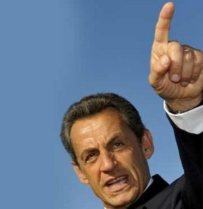 Sarkozy Türkiye'yi tehdit etti