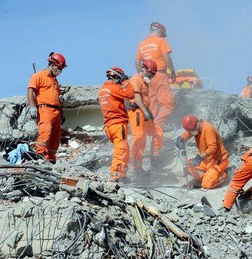 Deprem anında ne yapılmalı?