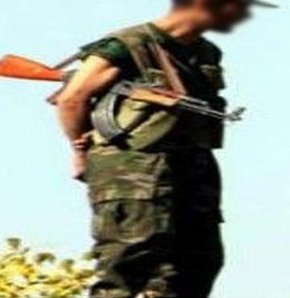 Görev başındaki asker dehşet saçtı! VİDEO